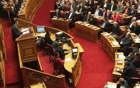 Βουλή: Ποιοι υπουργοί θα μιλήσουν σήμερα Δευτέρα