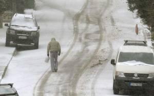 Στα «λευκά» και η Λαμία: Επιδείνωση του χιονιά – Ποια σχολεία θα παραμείνουν κλειστά