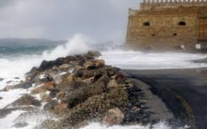 Κακοκαιρία: Στο έλεος των θυελλωδών ανέμων και το Ηράκλειο