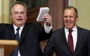 Η κυβέρνηση αποκαθιστά τις σχέσεις με τη Ρωσία που διέλυσε ο Σαμαράς