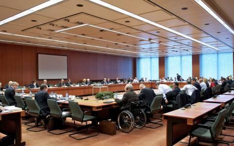 Eurogroup: Όλοι περιμένουν τις προτάσεις Βαρουφάκη