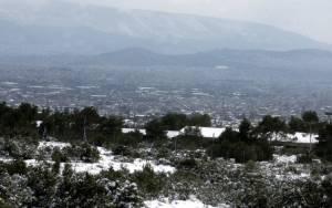 Τσικνοπέμπτη με ύφεση της κακοκαιρίας και μικρή άνοδο της θερμοκρασίας