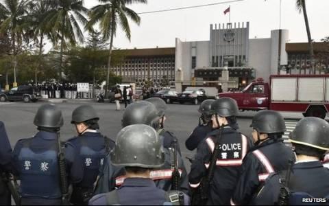 Ταϊβάν: Επεισόδια, ομηρία και αυτοκτονίες σε φυλακή