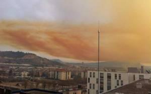 Ισπανία: Συναγερμός σε δύο πόλεις για το τοξικό σύννεφο