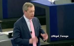 Ο Φάρατζ τα… χώνει άγρια στο ευρωπαϊκό κοινοβούλιο υπερασπιζόμενος την Ελλάδα (Video)