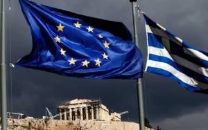 Reuters: Η μη αποπληρωμή ελληνικών ομολόγων θα πυροδοτούσε πιστωτικό γεγονός