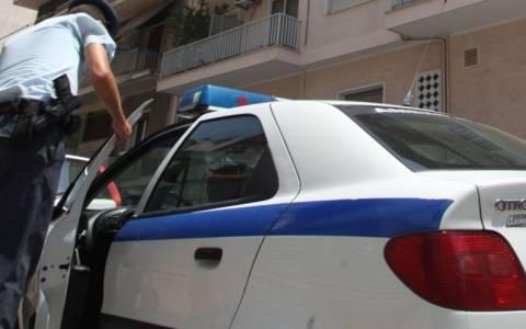 Ανήλικος κατηγορείται ότι σκότωσε τη μητέρα του χτυπώντας την