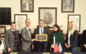 Ο  Tούρκος πρόξενος Κομοτηνής επισκέφτηκε την Τουρκική Ένωση Ξάνθης