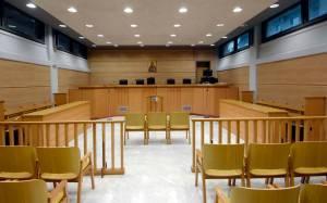 Κως: Δάσκαλος κατηγορείται για βιασμό και αποπλάνηση ανήλικης