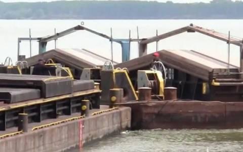 Βουλγαρία: Βύθιση φορτηγίδας με 850 τόνους λιπάσματος στο Δούναβη