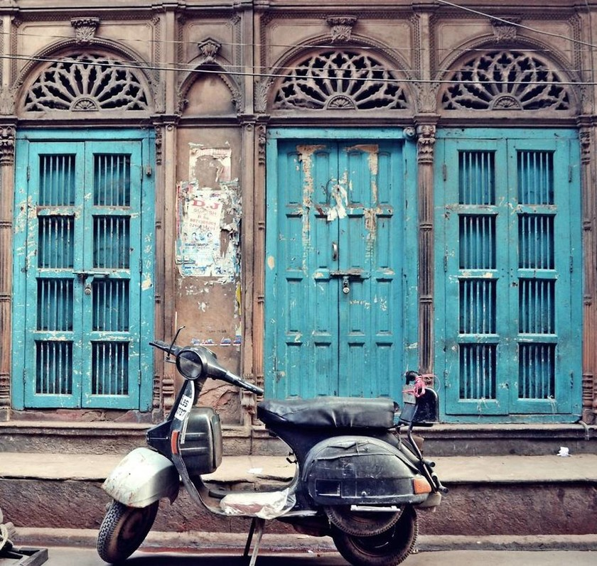 Φωτογραφίζοντας κλειστές πόρτες (photos)