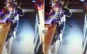 Μπουκάλι… αυτοκτονεί σε στοιχειωμένο μπαρ της Βρετανίας! (video)