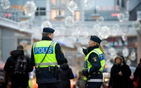 Σουηδία: Τρεις νεοναζί συνελήφθησαν μπροστά στα γραφεία μιας εφημερίδας