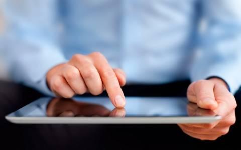 Ψηφιακή Αλληλεγγύη: Νέα λίστα καταστημάτων για δωρεάν laptop ή tablet