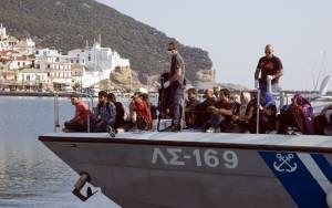 Εντοπίστηκαν 49 μετανάστες στο Αγαθονήσι