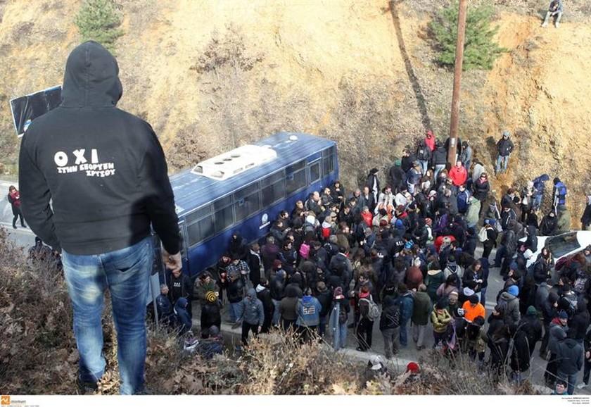 Ολοκληρώθηκαν χωρίς εντάσεις οι κινητοποιήσεις στις Σκουριές (photos)