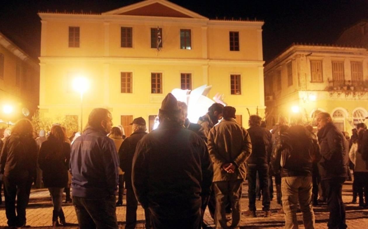Συγκεντρώσεις συμπαράστασης στην κυβέρνηση στις πόλεις της δυτικής Ελλάδας