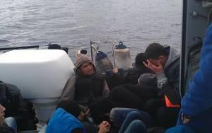 Σύλληψη 16 παράνομων μεταναστών στις Οινούσσες