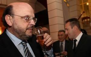 Ε.Αντώναρος: Να φύγει με αξιοπρέπεια ο Α.Σαμαράς