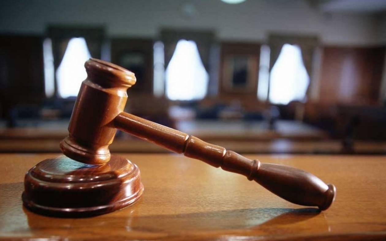 Απόφαση σταθμός από Ειρηνοδικείο:  Πλήρης απαλλαγή άνεργης δανειολήπτριας