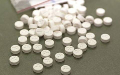 Ρόδος: Σύλληψη 11 ατόμων με 500 ναρκωτικά χάπια