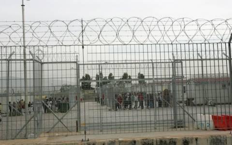 Πυρκαγιά σε κοντέινερ στην Αμυγδαλέζα (photos)