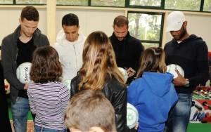 Η ΟΠΑΠ Α.Ε. μοίρασε δώρα στα «Παιδικά Χωριά SOS» και το «Χαμόγελου του Παιδιού»