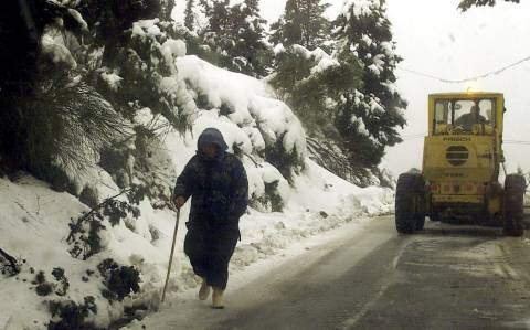 Καιρός: Χιονίζει και στην Κρήτη