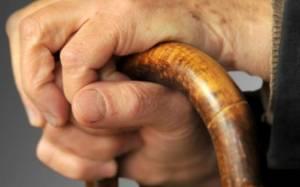 Βόλος: Έδεσαν και έκλεψαν ηλικιωμένο