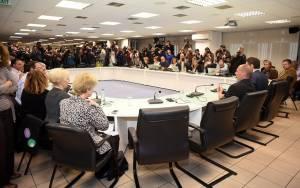Πωλ Μέισον: Η προηγούμενη κυβέρνηση δεν αντιστεκόταν στις Βρυξέλλες