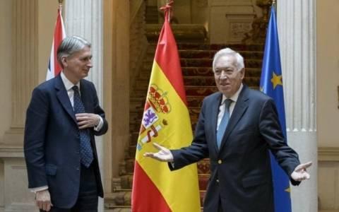 Ισπανία: Η αποστολή στρατιωτικής βοήθειας στην Ουκρανία δεν αποτελεί λύση