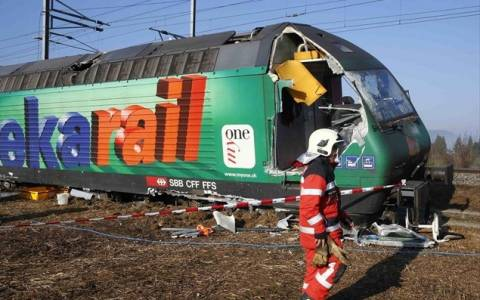 Ελβετία: Tουλάχιστον 5 τραυματίες έπειτα από σύγκρουση τρένων