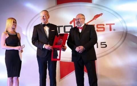 Opel : Ο Dr. Neumann παραλαμβάνει το AUTOBEST 2015 για το Νέο Corsa