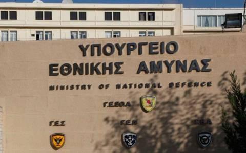 Το υπ. Εθνικής Άμυνας θέτει προς επανεξέταση των θέμα των αεροδιακομιδών ασθενών