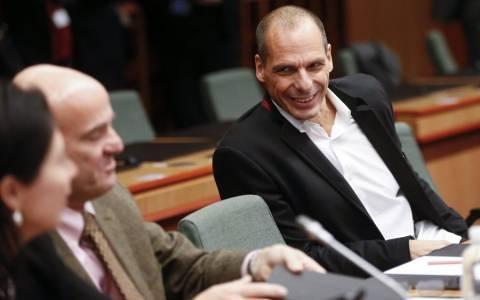 Τι λέει η ελληνική κυβέρνηση για τη συμφωνία στο Eurogroup