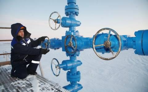 Μεντβέντεφ: Το Κίεβο πρέπει να πληρώσει για το φυσικό αέριο που παραδίδει η Gazprom