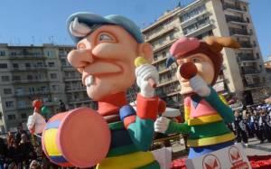 Απόκριες 2015: Χιλιάδες επισκέπτες στο Πατρινό Καρναβάλι