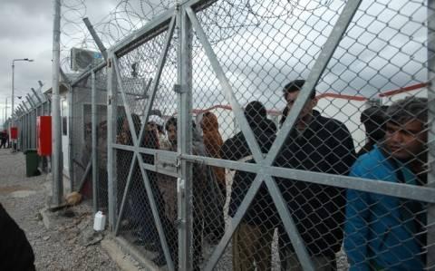 Ελεύθεροι οι πρώτοι 20 μετανάστες από την Αμυγδαλέζα