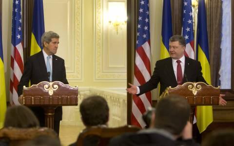 Με νέες κυρώσεις απειλούν οι ΗΠΑ τη Ρωσία