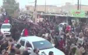 Ισλαμικό Κράτος: Νέο φρικιαστικό βίντεο και φόβοι για μαζική δολοφονία Πεσμεργκά