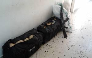 Ήπειρος: Παρατημένοι σάκοι με 56 κιλά χασίς και ένα καλάσνικοφ