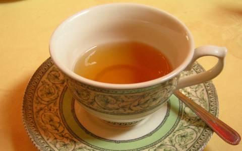 Το μαγικό …ραβδί που μεταμορφώνει το νερό σε τσάι!