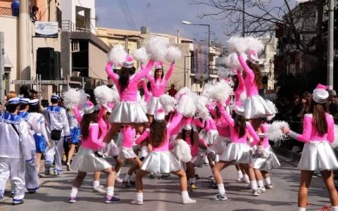 Ρέθυμνο: Ο Σήφης έγινε… άρμα και πήγε καρναβάλι (photo)
