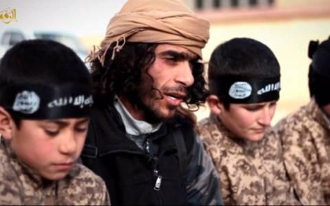Σοκ: Ο στρατός ανηλίκων του Ισλαμικού Κράτους (video & pics)