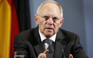 Handelsblatt: Εκστρατεία πειθούς ξεκίνησε ο Σόιμπλε