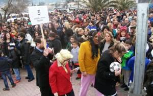 Μυτιλήνη: Τσίπρας και Μέρκελ έσκισαν… το μνημόνιο (photos)