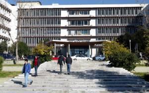 Θεσσαλονίκη: «Χάος» στο Αριστοτέλειο μετά από πάρτι φοιτητών (photos)