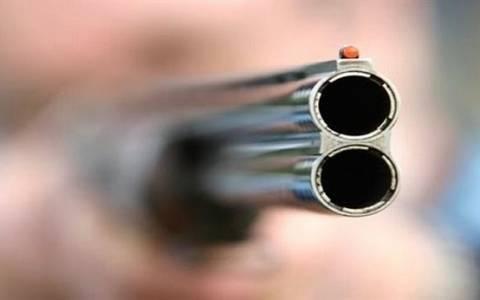 Πυροβόλησαν αστυνομικούς στο Ζεφύρι – Ένας τραυματίας