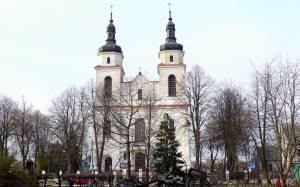 Πολωνία: Ιερέας κάπνιζε χασίς με ανήλικους από την εκκλησιαστική χορωδία!