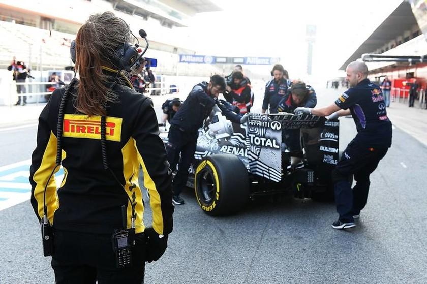 F1 Δοκιμές Βαρκελώνη: Τα τεστ με τα μάτια των μηχανικών της Pirelli (Photos & Video)